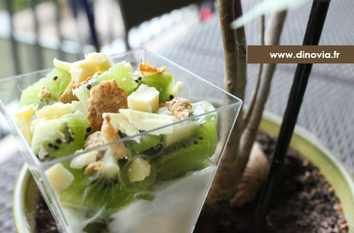 verrine transparente carrée pour recette kiwi