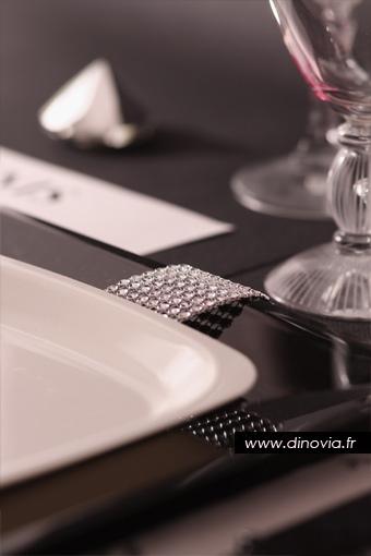 assiette jetable noire