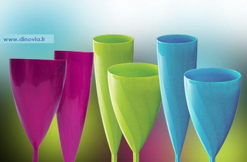 flute et verre plastique couleur